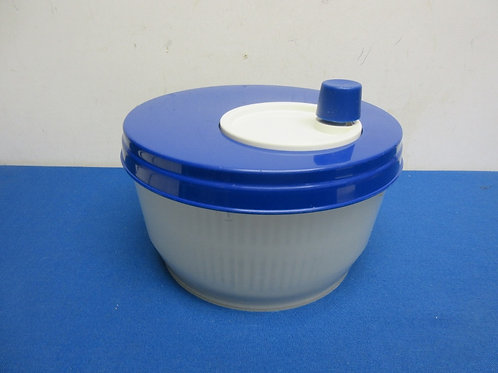 Blue and white salad spinner