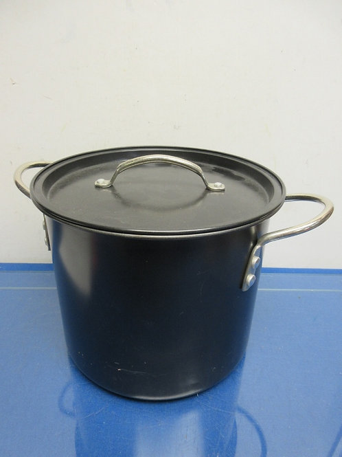 Large black enameled  stock pot with lid