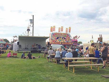 Beer Garden - Entertainment - Freestage