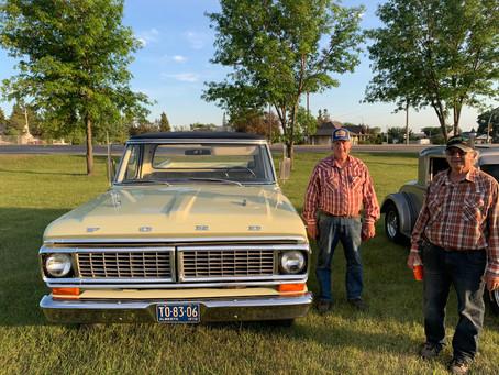 Cruisin' Classic Cars
