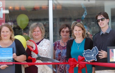 Lighten Up Therapy & Wellness – Grand Opening