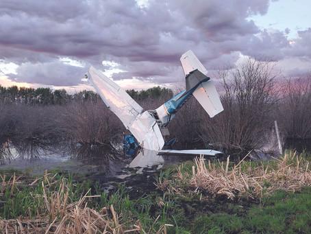 Small Plane Crashes Near Heinsburg