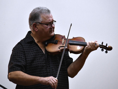 Islay Hosts World Renowned Fiddler