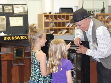 Children Light Up Learning History