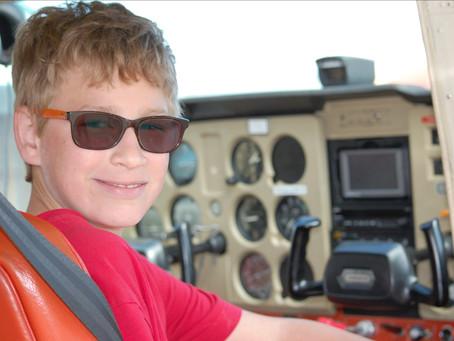 Vermilion River Flying Club Hosts VES Grade 6