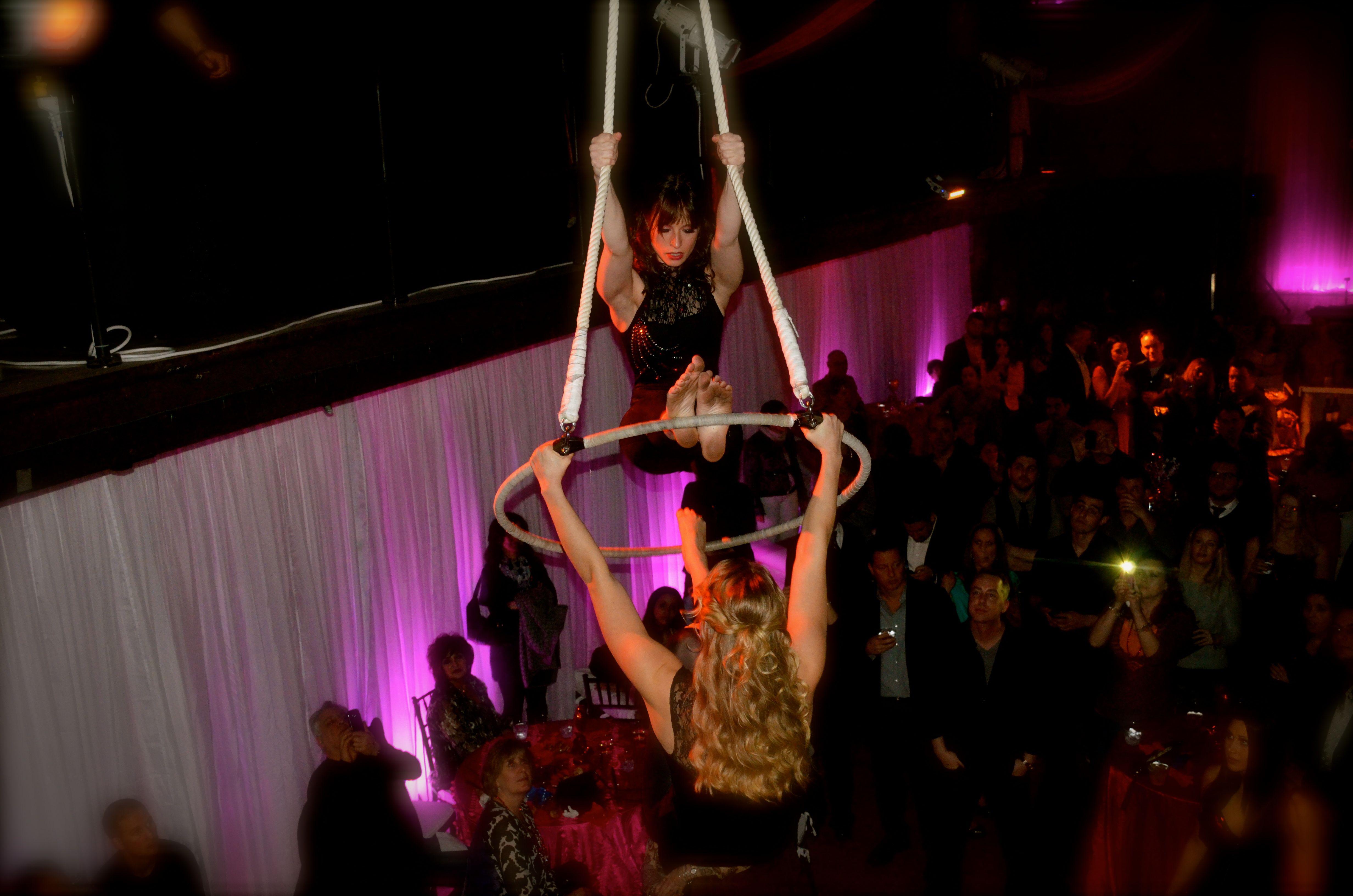 Duo aerial hoop