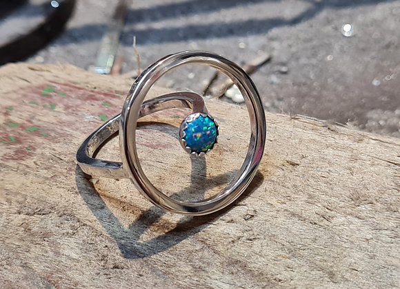 Floating circle ring