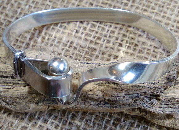 Sterling silver ball and hoop bangle