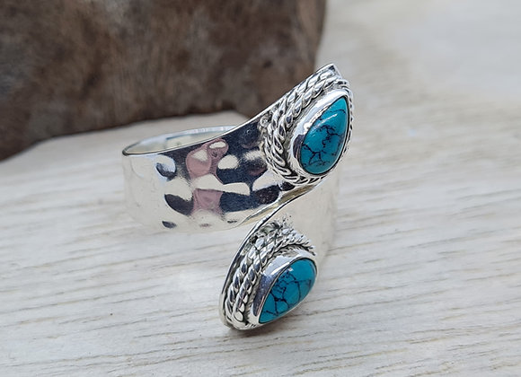 Sterling silver pinch ring with Turquoise