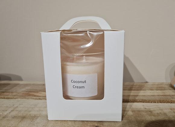 Coconut cream soy candle