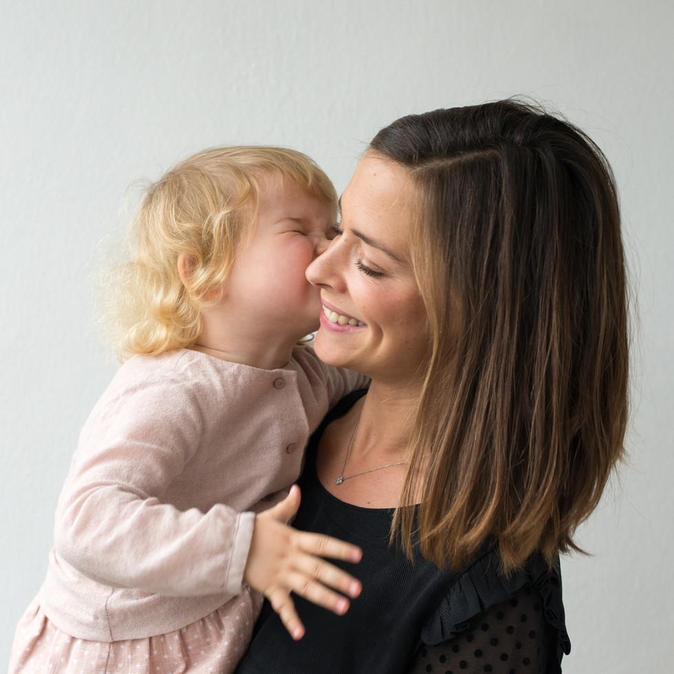 Douceur maman enfant photo lifestyle