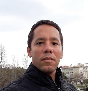 Itamar Vieira Junior.jpg
