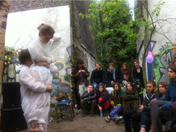 Mandril Cultural Center Performance