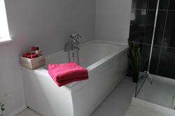 Deep bubble bath