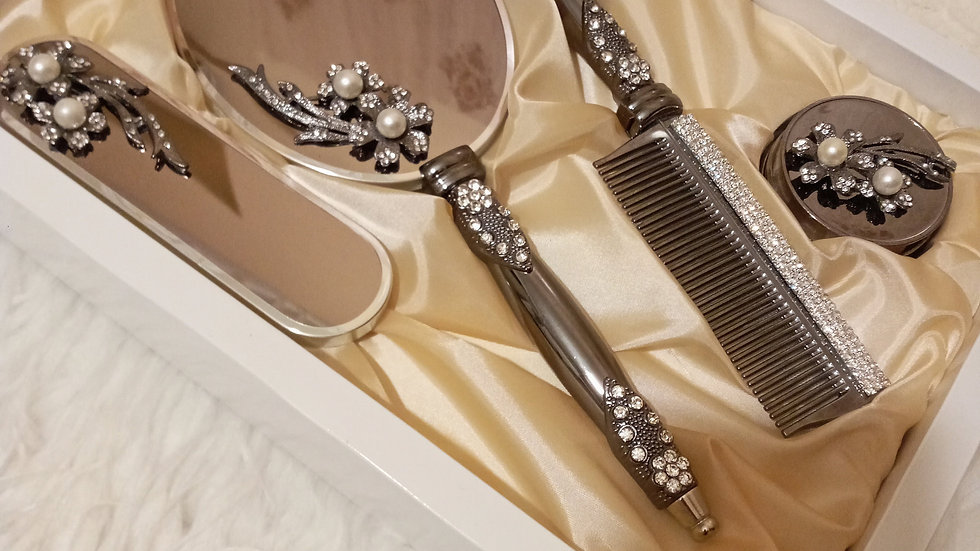brush and mirror set, mirror and comb set, Mirror, brush set, makeup mirror