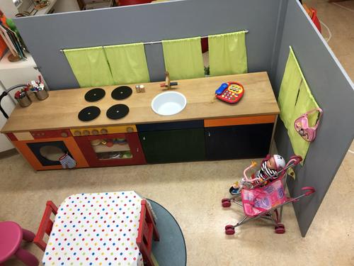 Babyecke mit Küche