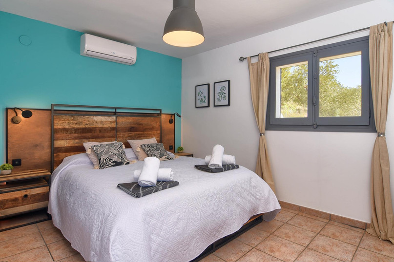 Upper level, double/twin bedroom 4