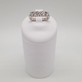 Riviera oro 750°/°° . Diamanti 1,00 carati. EURO 850 - sconto 20% = Euro 680