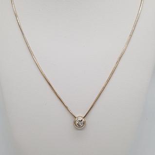 Collana con punto luce oro 750°/°° gr. 6,17. Diamante 0,25-0,30 carati. Euro 770 - sconto 20% = Euro 616