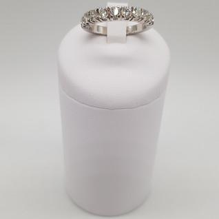 """""""half eternity"""" oro 750°/oo - Diamanti 1,20 ct - Euro 1.300 - sconto 20% = Euro 1.040"""