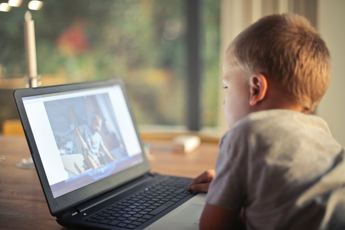 Parenting in a Digital Age: How Technology Can Benefit Children