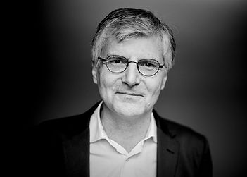 Über Philippe Vernin