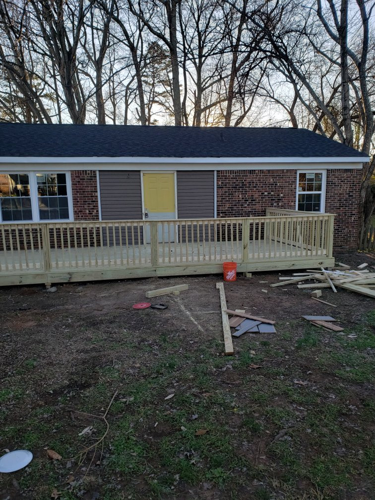 Deck contractor near me.jpeg