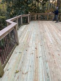 Local Deck contractor.JPG