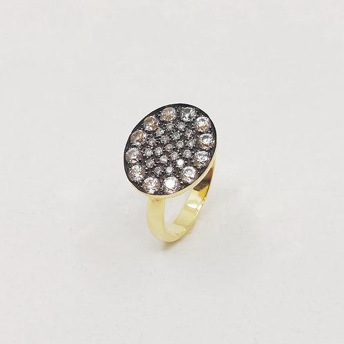 Золотое кольцо Brusi с бриллиантами pique и сапфирами
