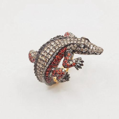 Золотое кольцо Sofragem с бриллиантами, сапфирами и кошачьим глазом