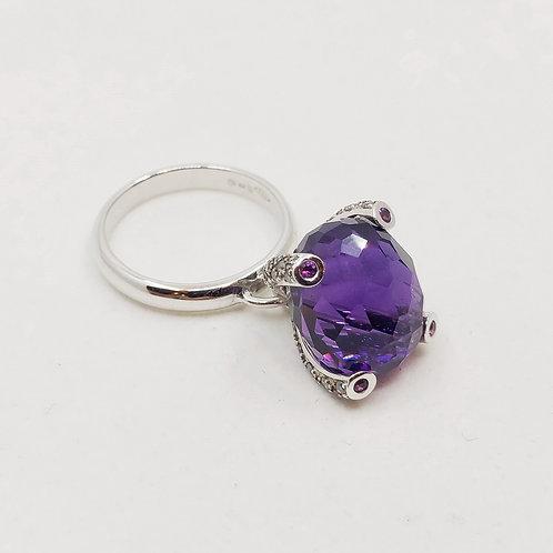 Золотое кольцо Nanis с бриллиантами и аметистом