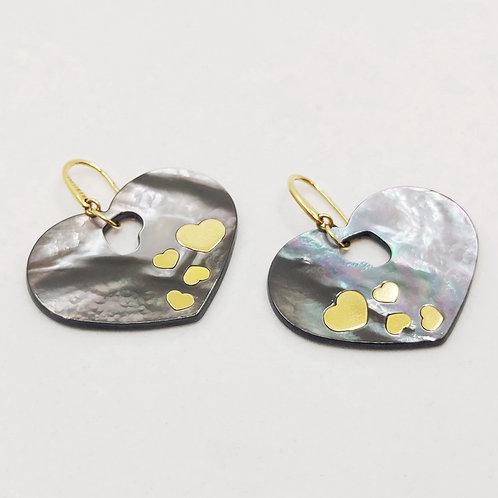 Золотые серьги Nanis с перламутром