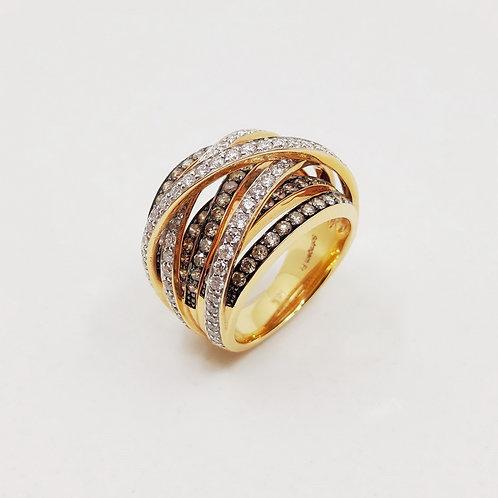 Золотое кольцо Sofragem с белыми и коричневыми бриллиантами