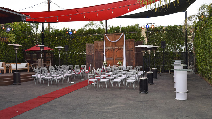 TCH12.21_Wedding_OutsideSetUp.jpg