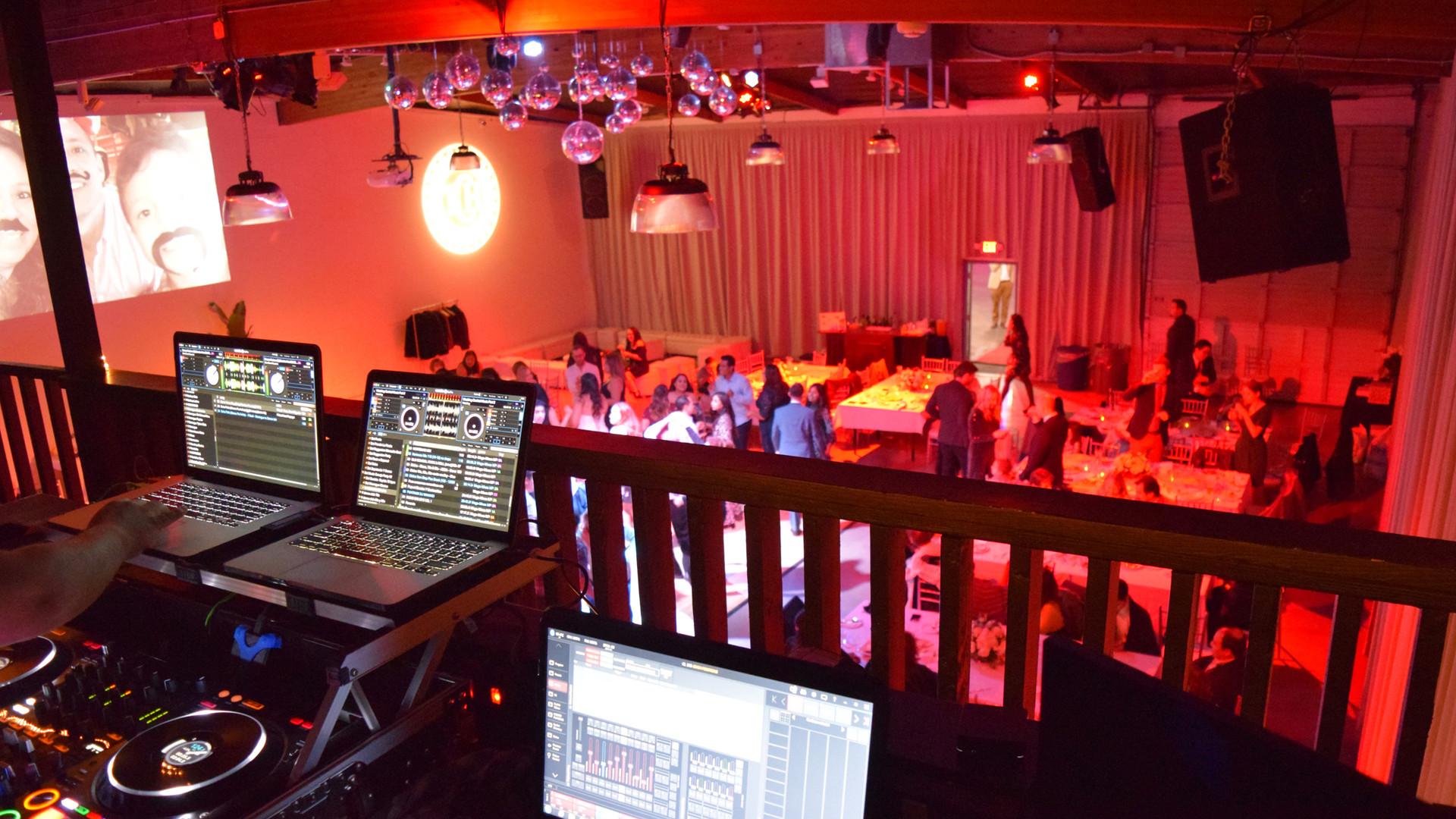 TCH_12.21_Wedding_DJ.jpg