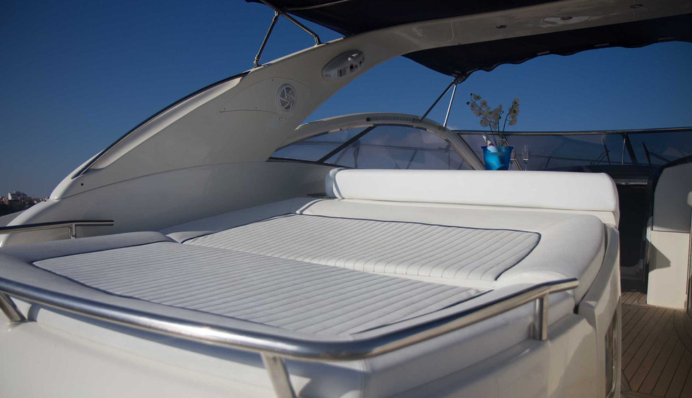 IBIZA TOP CHARTER • ABSOLUTE 45