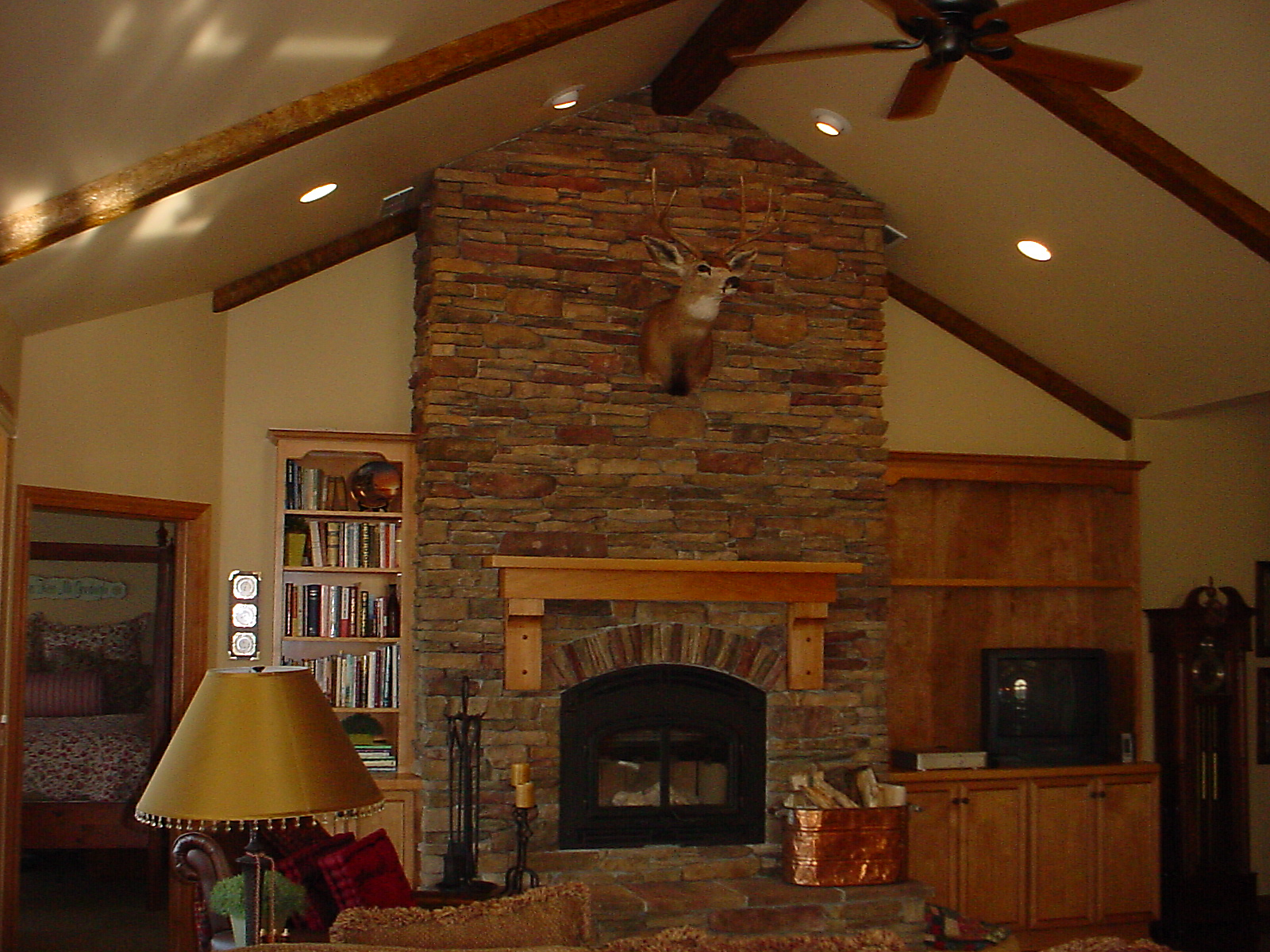 Bessey Fireplace001_edited.JPG