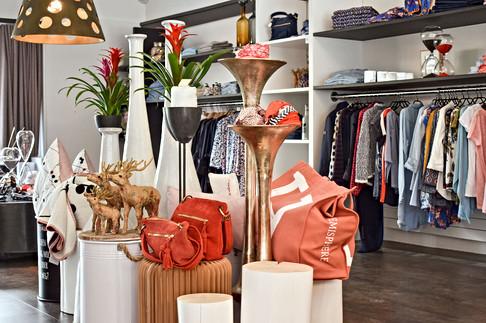 concept-store-bekleidung-burnliving.jpg