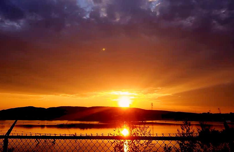 Park national d'Oka/Oka National Park (Quebec) Canada  Les plus beaux couchers de soleil de la région des Basses-Laurentides sont au parc national d'Oka.  Most beautiful sunsets of the Lower Laurentians region are at the National Oka Park.