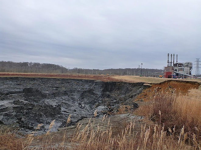 800px-Dan_River_coal_ash_spill_-_impound