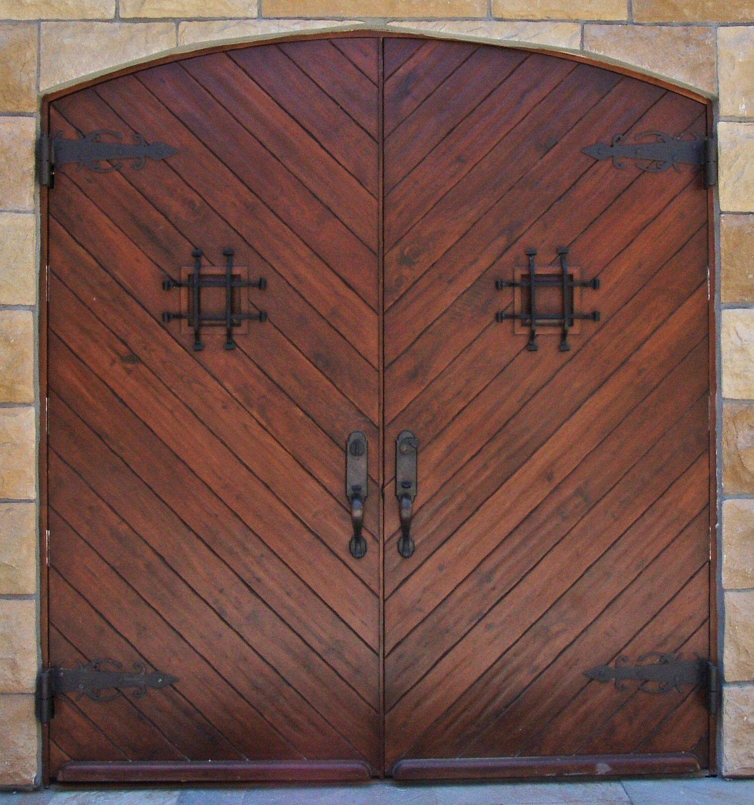 HOTEL CHEVAL  Entry Door