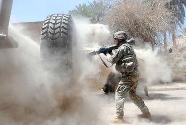 AT4 firing, firing AT4, dusty environment lubrication, sand gun oil, sandy environment gun lubrication