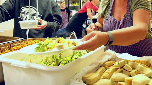 marian-hildebrand-winkler-community-meal