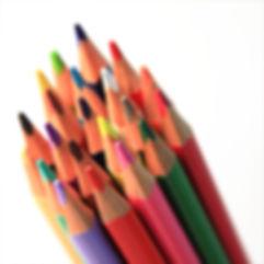 Gruppen av färgpennor