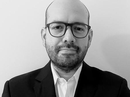 La carrera hacia el abismo en la producción de abogados