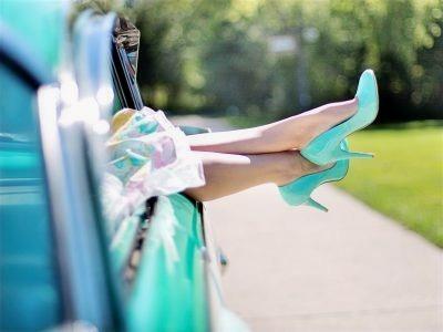 woman-s-legs-high-heels-vintage-car-turquoise-90767-e1551211900830_edited.jpg
