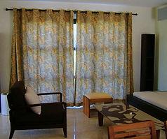 Rideaux sur mesure tapissier decorateur royan