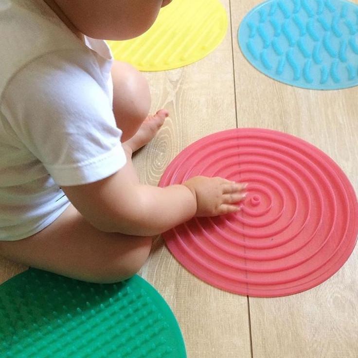Eveil corporel des petits (1-2 ans)
