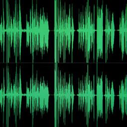 Voix mezzo pouvant s'adapter à plusieurs registres mais aussi interprétations : naturelle et calme, corporate et sérieuse, enjouée, sensuelle ou bien mystérieuse ... c'est selon !