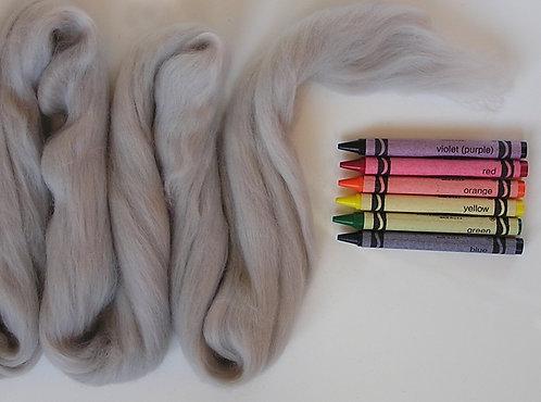 Hippo Gray Merino Wool Roving   1 oz
